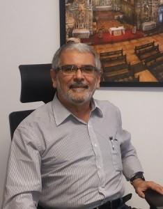 Foto do presidente do CAU/BA, Guivaldo D'Alexandria Baptista