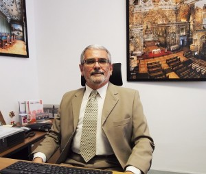 Foto do presidente do CAU/BA Guivaldo D'Alexandria
